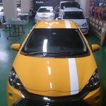 カーラッピング トヨタ-アクアにストライプを施工