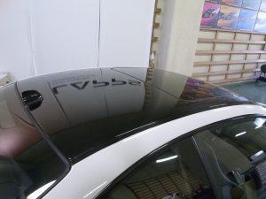 BMW M3 ルーフに施工